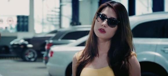 Diễm My 9x xuất hiện trong phim với nhiều khuôn hình nóng bỏng.