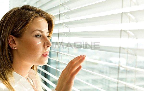 Sự bí mật trong hôn nhân khi bị phát hiện sẽ khiến đối tác tổn thương.