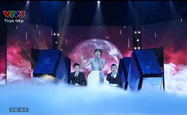 Văn Mai Hương và hai thí sinh Đồ Rê Mí