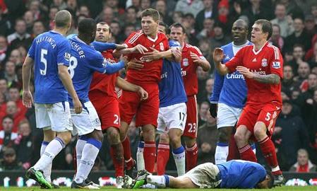 Những trận derby vùng Merseyside chưa bao giờ thiếu kịch tính.