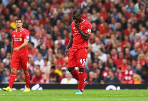 Balotelli chưa thể làm người hâm mộ Liverpool thôi nhớ về Luis Suarez.
