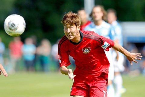 Tiền vệ Heung-Min Son tỏa sáng với cú đúp vào lưới Zenit.