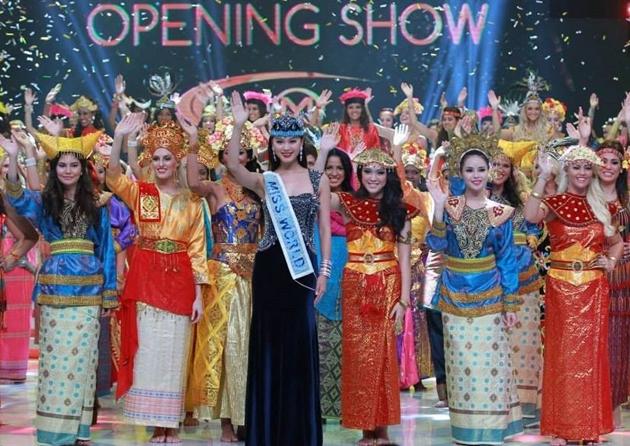 Hình ảnh đăng quang của Hoa hậu thế giới 2013