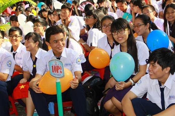 Học sinh trườngTHPT Nguyễn Thị Minh Khai, TP.HCM.
