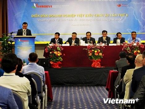 Doanh nghiệp Việt kiều tại châu Âu giao sự nghiệp cho thế hệ sau