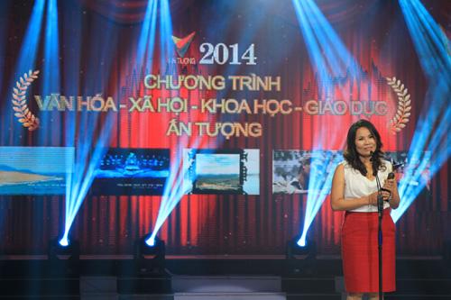 Phim ca nhạc Cây đàn Điện Biên của Ban Văn nghệ đã xuất sắc giành được Giải thưởng này. NSƯT Việt Hương, đạo diễn bộ phim lên nhận giải.