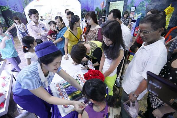 Hơn 400 người đã tham gia vào hoạt động cuối tuần qua