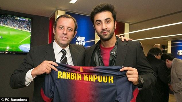 Ranbia Kapoor là CĐV danh dự của đội bóng xứ Catalan.