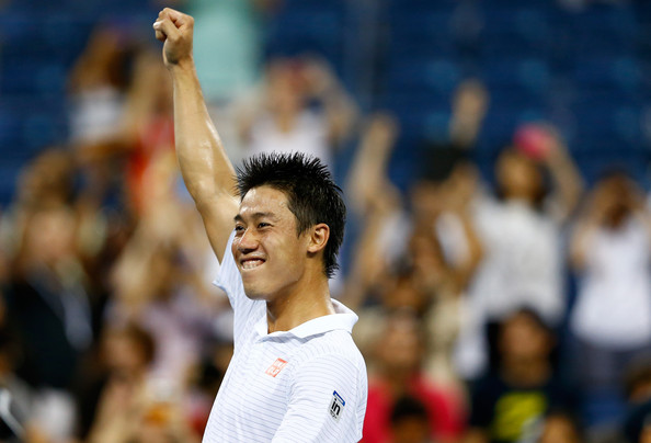 Tay vợt người Nhật đang vô cùng hứng khởi