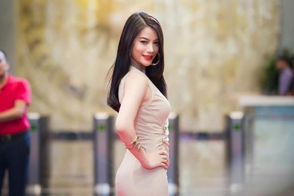 DV Trương Ngọc Ánh tại thảm đỏ Ấn tượng VTV