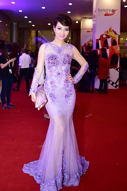 Nữ diễn viên Mai Thu Huyền. Vai diễn mới nhất của cô được nhắc đến trong thời gian này là bộ phim điện ảnh Lạc giới.