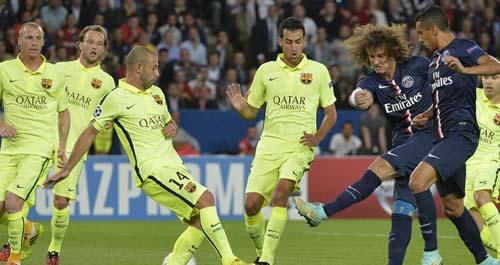 David Luiz là một trong số những cầu thủ PSG chơi hay nhất trận gặp Barca và cả loạt trận tuần này.