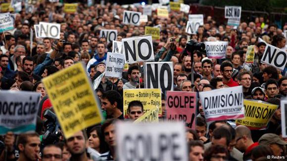 Biểu tình phản đối chính sách thắt lưng buộc bụng tại Tây Ban Nha.