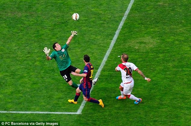 Pha ghi bàn mở tỉ số của Messi