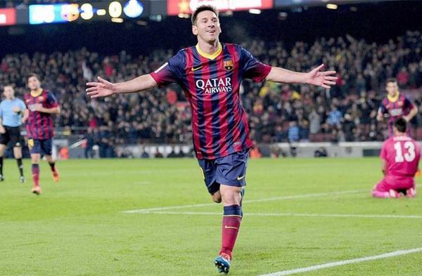 Messi đang ở thế yếu so với Ronaldo
