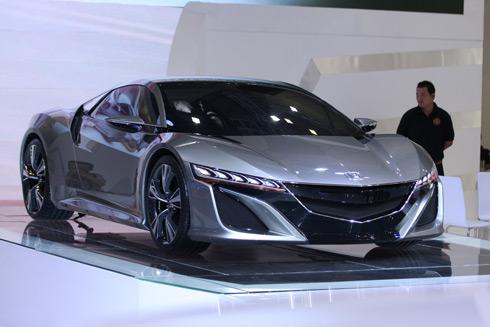 Honda mở màn ấn tượng với mẫu concept NSX