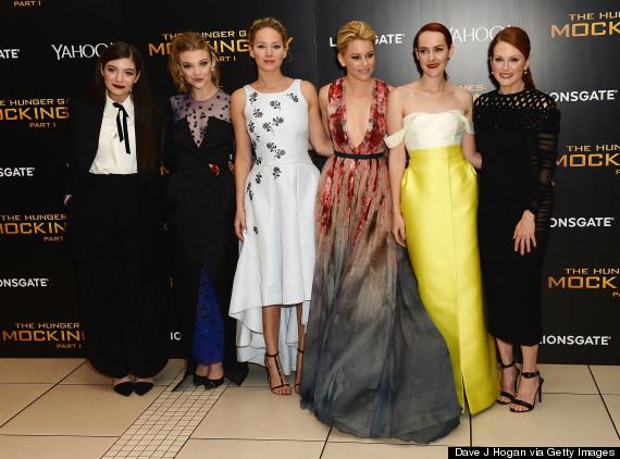 Các nữ diễn viên xinh đẹp thi nhau khoe sắc