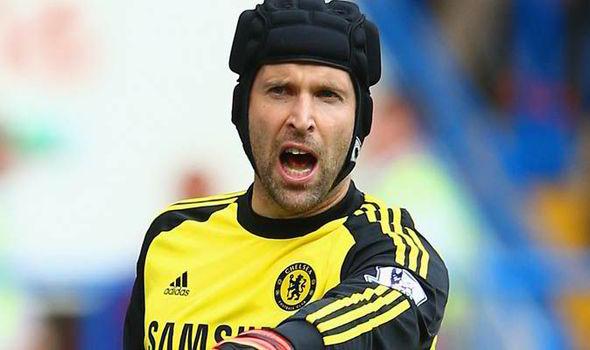 Real Madrid muốn có sự phục vụ của thủ thành Petr Cech (Chelsea)