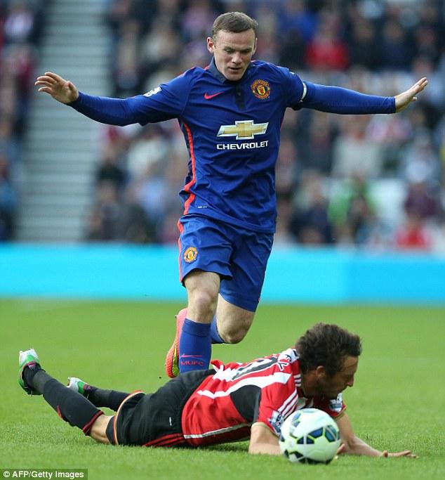 Rooney sẽ vị trí tiền đạo lùi