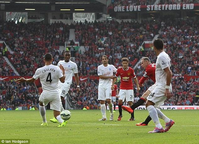 Rooney cần ghi thêm 86 bàn nữa mới có thể chạm mốc 260 bàn