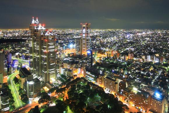 Bạn có thể ngắm khung cảnh Tokyo về đêm từ độ cao 202m hoàn toàn miễn phí.