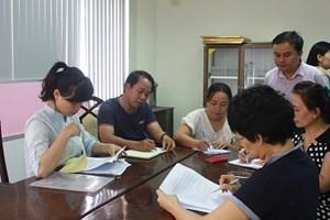Nhóm Thư ký hội thảo được phổ biến nội dung công việc trong kỳ Liên hoan