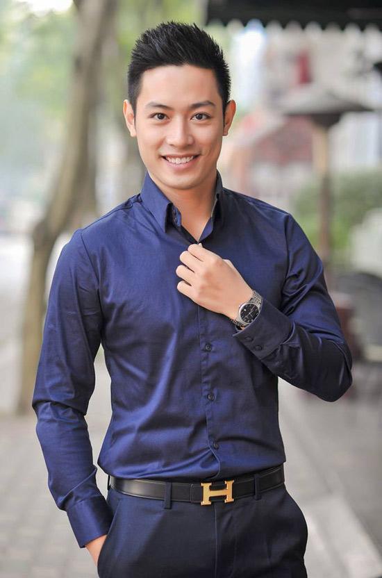 Vẻ điển trai của thầy giáo - MC Thanh Tùng