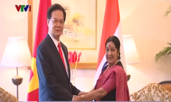 Thủ tướng tiếp Bộ trưởng Bô Ngoại giao Ấn Độ.