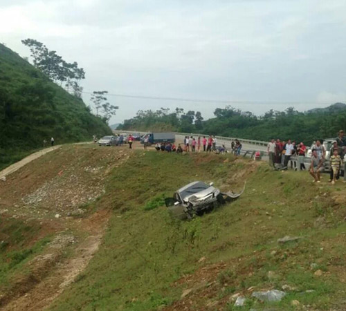 Cao tốc Nội Bài - Lào Cai vừa thông xe đã xảy ra tai nạn