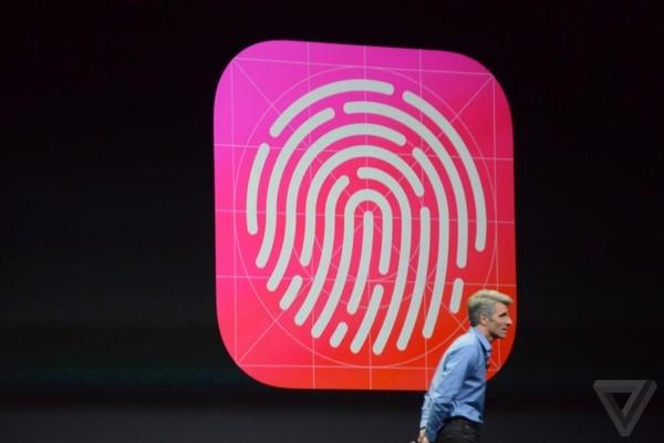 Tim Cook hết sức ca ngợi tính bảo mật của Touch ID