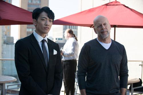 Rain hợp tác với tài tử Bruce Willis trong The Prince.