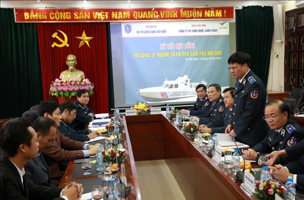 Thiếu tướng Nguyễn Quang Đạm - Tư lệnh Cảnh sát biển phát biểu tại lễ ký.