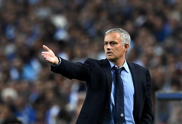 HLV Jose Mourinho  chắc chắn sẽ tiếp tục tại vị ở Chelsea