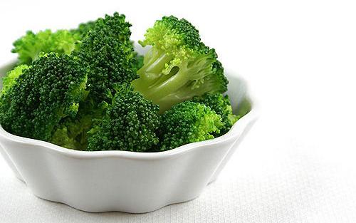 Chất xơ và nước có nhiều trong loại rau này giúp hạn chế thèm ăn.