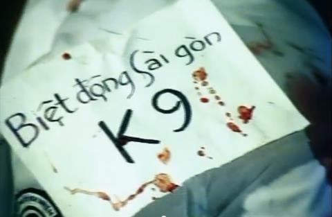 Mỗi lần ám sát thành công, biệt động Sài Gòn thường để lại dấu vết nhằm tạo thanh thế.