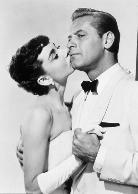 Audrey Hepburn và Bill Holden trong phim Sabrina