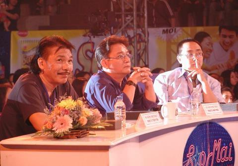 Từ trái qua: nhạc sĩ Trần Tiến, Bảo Phúc, Tuấn Khanh.