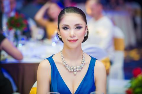 Hoa hậu Hoàn vũ Thế giới 2007 Riyo Mori đến Việt Nam lần thứ hai.