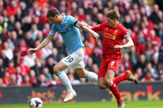 Liverpool (áo đỏ) có đòi được món nợ đã vay của Man City?