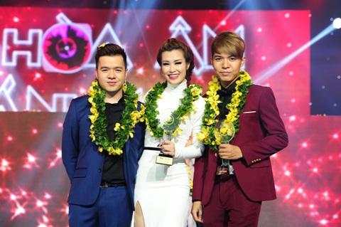 Nhóm của ca sĩ Đông Nhi giành giải đặc biệt.