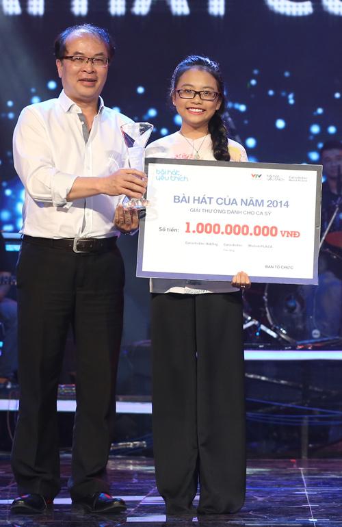 Phương Mỹ Chi giành giải thưởng 1 tỷ, Thùy Chi hát live như thu đĩa 1