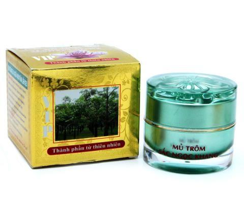 Dòng sản phẩm Mũ trôm Sắc Ngọc Khang của Công ty Tân Đại Dương làm nhái sản phẩm của Công ty Dược phẩm Hoa Thiên Phú.