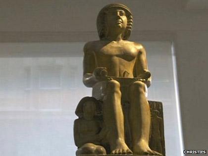Bức tượng Sekhemka 4.000 năm, một biểu tượng của nền văn minh cổ đại Ai Cập.
