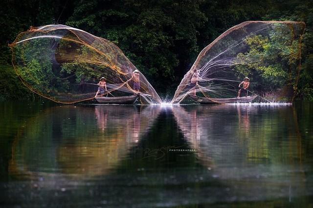 Quăng lưới đánh cá