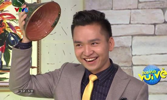 MC Hạnh Phúc và MC Thanh Huyền rơi nước mắt tại Bữa trưa vui vẻ - Ảnh 12.