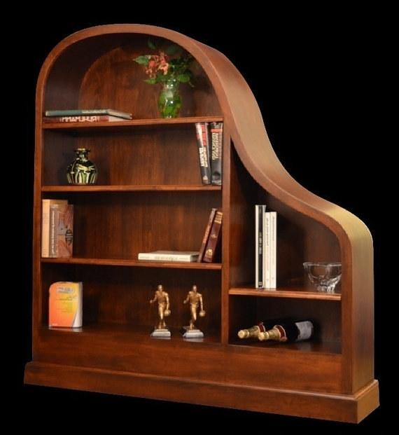 Chiếc tủ sách được độ lại từ thùng đàn piano, cũng là nơi để khoe những món đồ của bạn