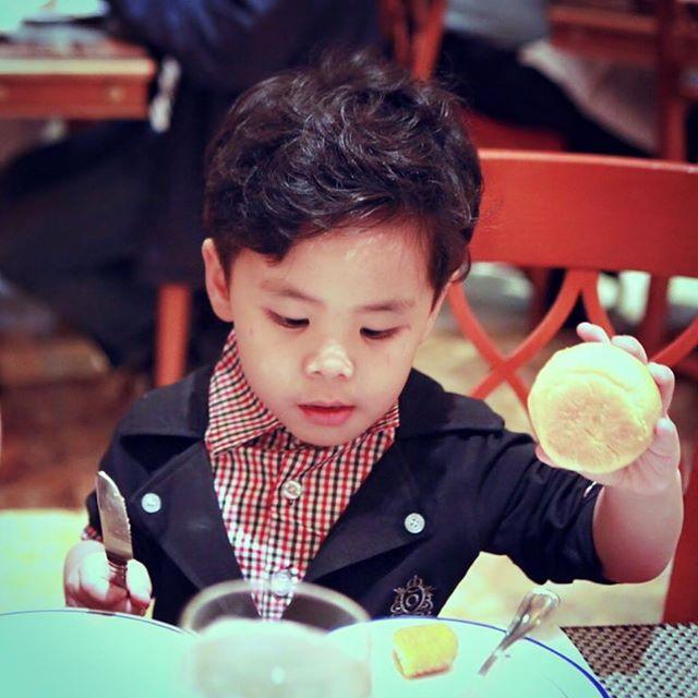 Bin - Con trai thứ 2 của MC Phan Anh.