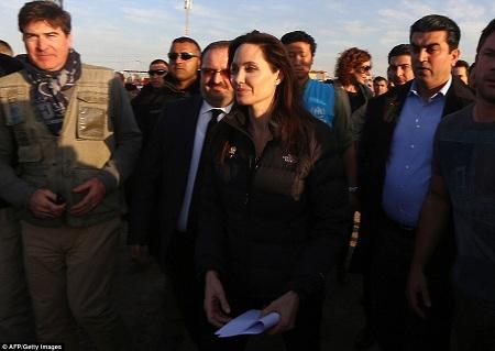 Angelina đã từng đến Trung Đông một số lần trước đây với tư cách đại sứ Liên Hợp Quốc.
