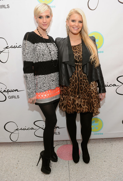 Jessica and Ashlee Simpson