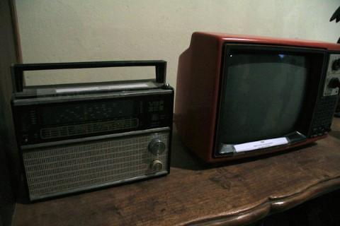 Đài bán dẫn, ti vi Nhật Bản - những hiện vật quý hiếm của thời bao cấp.